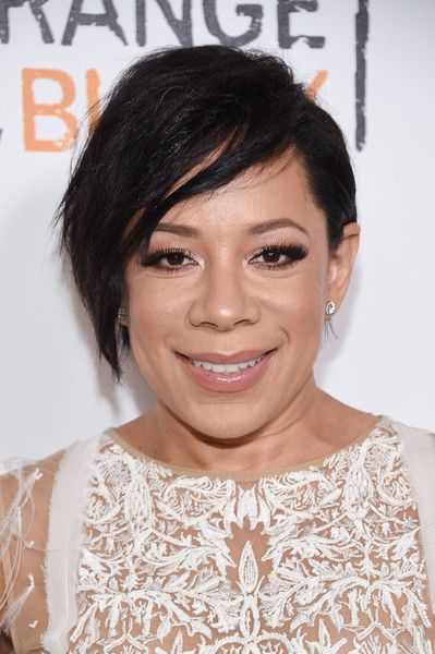 Selenis Leyva Messy Cut - Selenis Leyva was rocker-glam with her messy cut at the New York premiere of 'Orange is the New Black.'