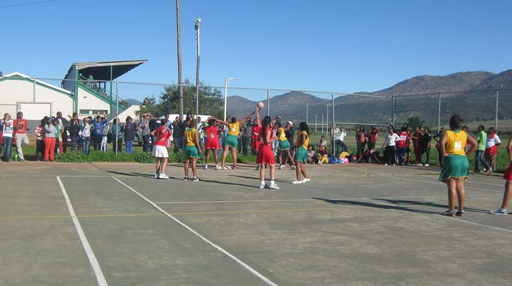 WCC students playing netball at Citrusdal campus. Image supplied by WCC.
