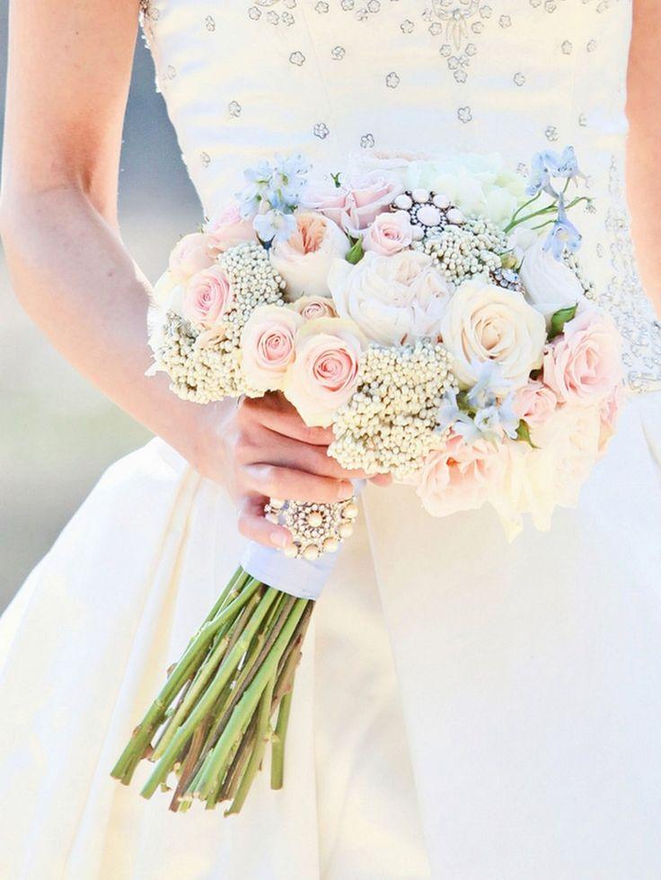 Vintage Masquerade Wedding Inspiration Styled Shoot » KnotsVilla