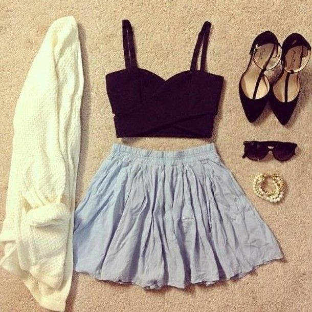 skater skirt and crop top