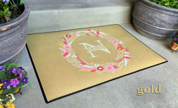 Personalized Large Door Mats Floral Wreath Design von Qualtry