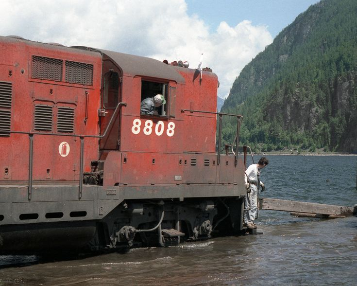 "GP9 8808 adjusts the barge slip by poling prior to loading its train onto the ""Berry Ferry"" for the ride to Rosebery and the isolated Nakusp Branch"