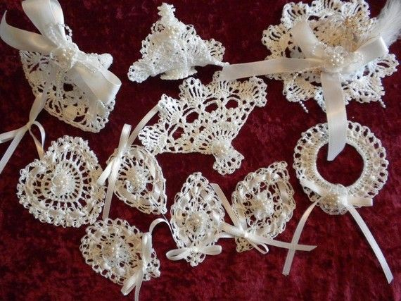 Thread crochet Christmas ornaments: White Crochet, Christmas Crochet, Crochet Ornaments, Ornaments Sets, Lacy Christmas, Crochet Christmas Ornaments, Christmas Trees, Crochet Lacy, Ornaments Patterns