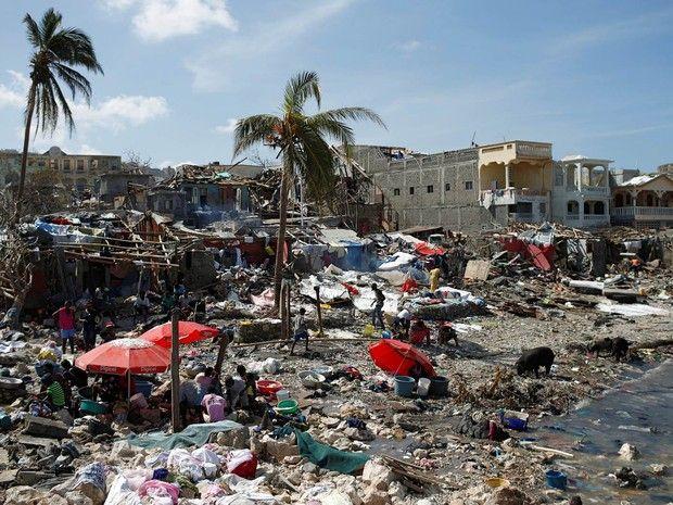 """Képtalálat a következőre: """"clinton foundation haiti meme"""""""