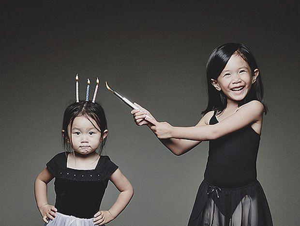 Un photographe exploite ses filles pour des mises en scène... Extraordinaires !