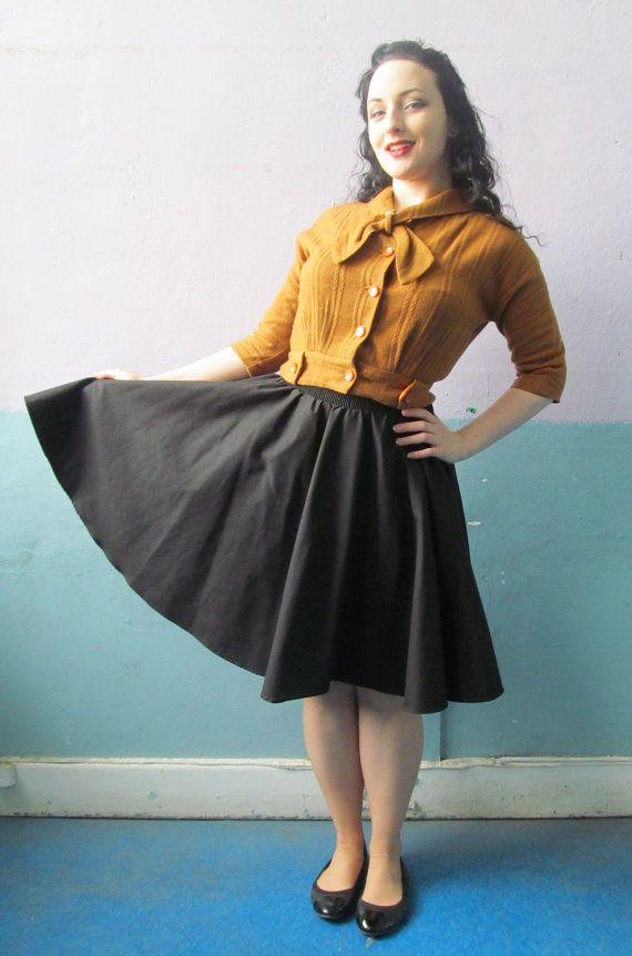 Vtg 40s 50s Blouse Top / Ascot Tie / Mustard Knit