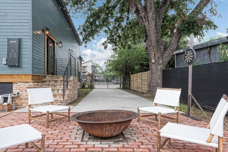 Zillow has 39 homes for sale in Waco TX. View listing photos, review sales history, and use our detailed real estate filters to find the perfect place.