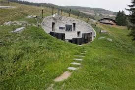 Risultati immagini per case sotterranee