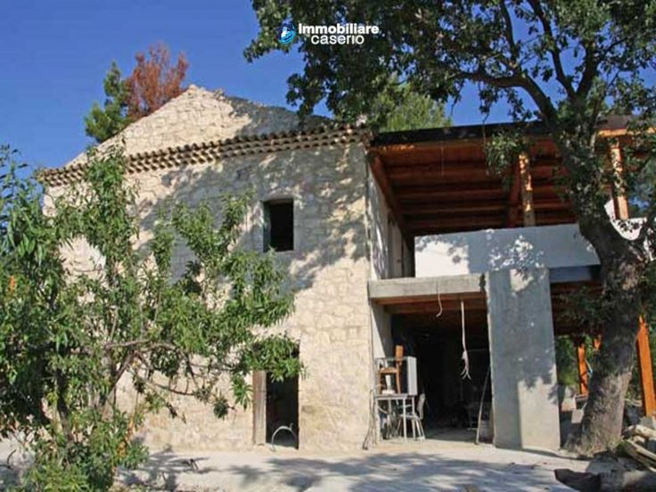 #abruzzo #property #dogliola #chieti #house http://immobiliarecaserio.com/Stone-country-house-under-renovation-ideal-for-BB-with-4-acres-of-land-for-sale_473.htmlTypical stone country home located about 1km from Dogliola village, at the end of a cul-de-sac road. This position makes it very accessible but also very private!!
