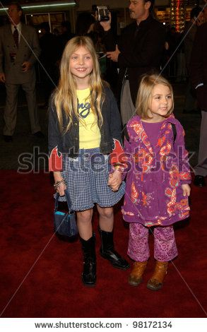 A very young Taylor & Sloane Momsen