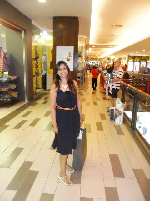 Travel Tales : IKEA + Outlet and Street Shopping in Singapore    http://ritchastyle.blogspot.in/2012/09/travel-tales-ikea-outlet-and-street.html