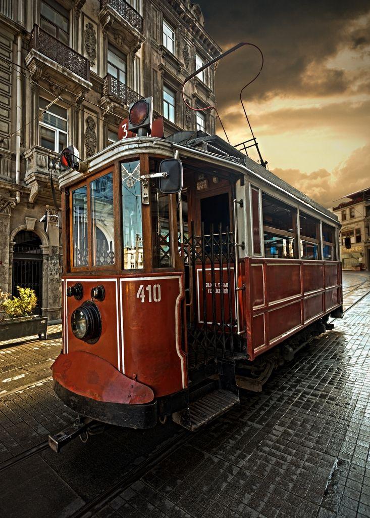 Beyoğlu Tram in İstanbul