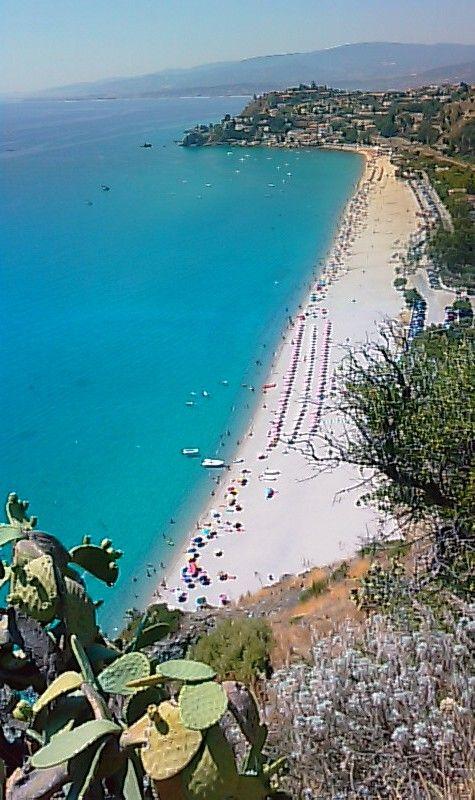 La spiaggia, Calabria, Italia