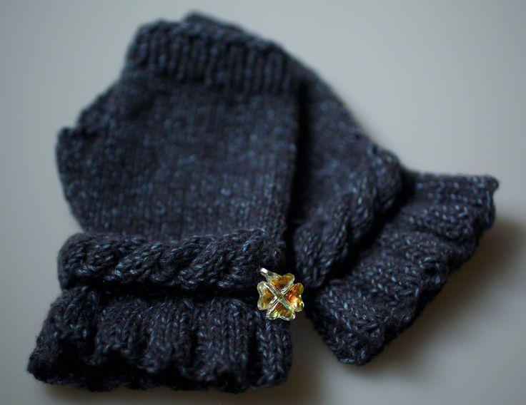 Clover Mittens Gloves Cashmere Warmers Fingerless Knitting Swarovski by RoyalHandicrafts on Etsy
