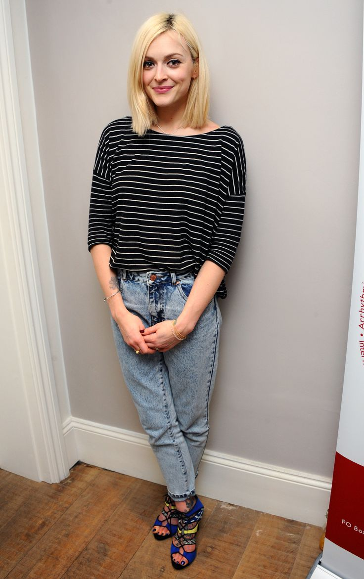 Fearne Cotton wears ASOS jeans; H&M top; Fearne Cotton for Very.co.uk Amelia Lace Up Cut Out Sandals. // #Denim #FearneCotton