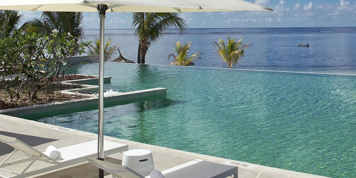 30 best images about sun resorts 39 pools on pinterest for Swimming pool mauritius