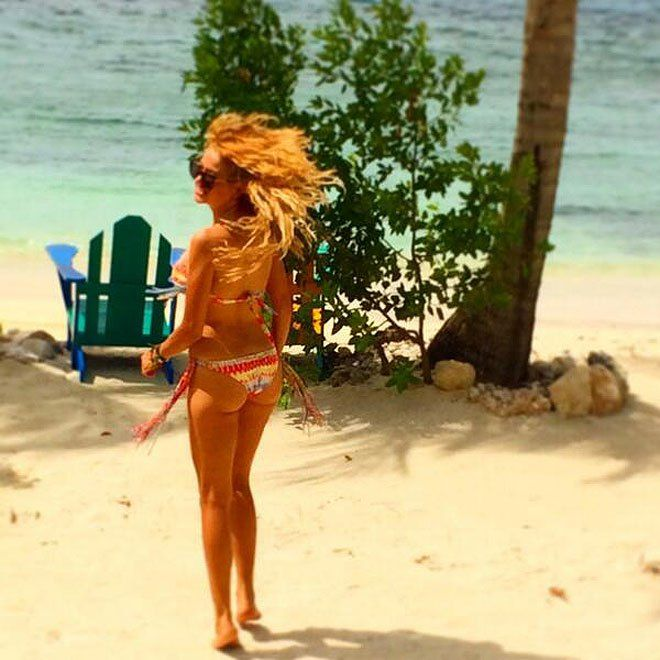Paulina Rubio presume su figura en bikini�(FOTOS)