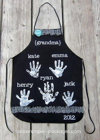 handprint apron (neat idea as gift for grandparents with all grandkids handprints)