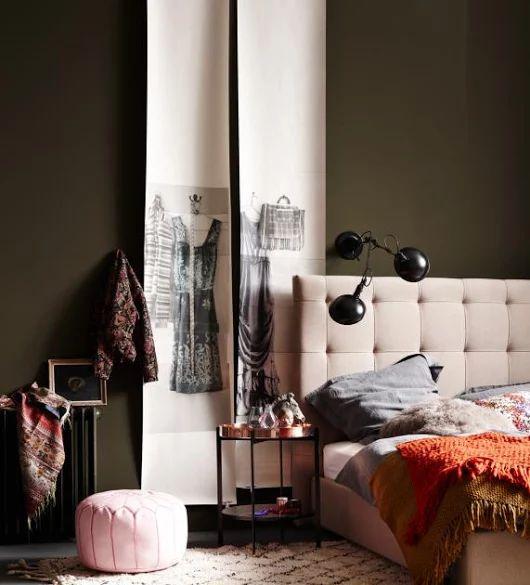 Wohnen mit Farben - Wandfarben und Möbel in dunklen Farben aus der Natur: Brauntöne machen das Schlafzimmer gemütlich