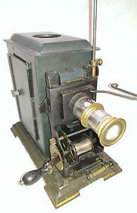 Antique-35mm-Hand-Cranked-Movie-Projector-Oil-Lamp-Germany