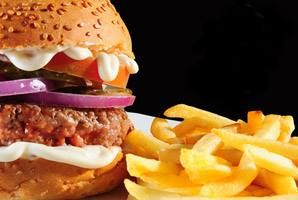 FOR THE MONTH OF JUNE ONLY!!!!!! Buy a 150g pure beef Supremo Burger with Dijon Mayo, Gherkins, Tomato and Red Onion For Only R48 and get a side of chips for free!!!!!!!!!! Only at Pizza Del Forno Witpoortjie