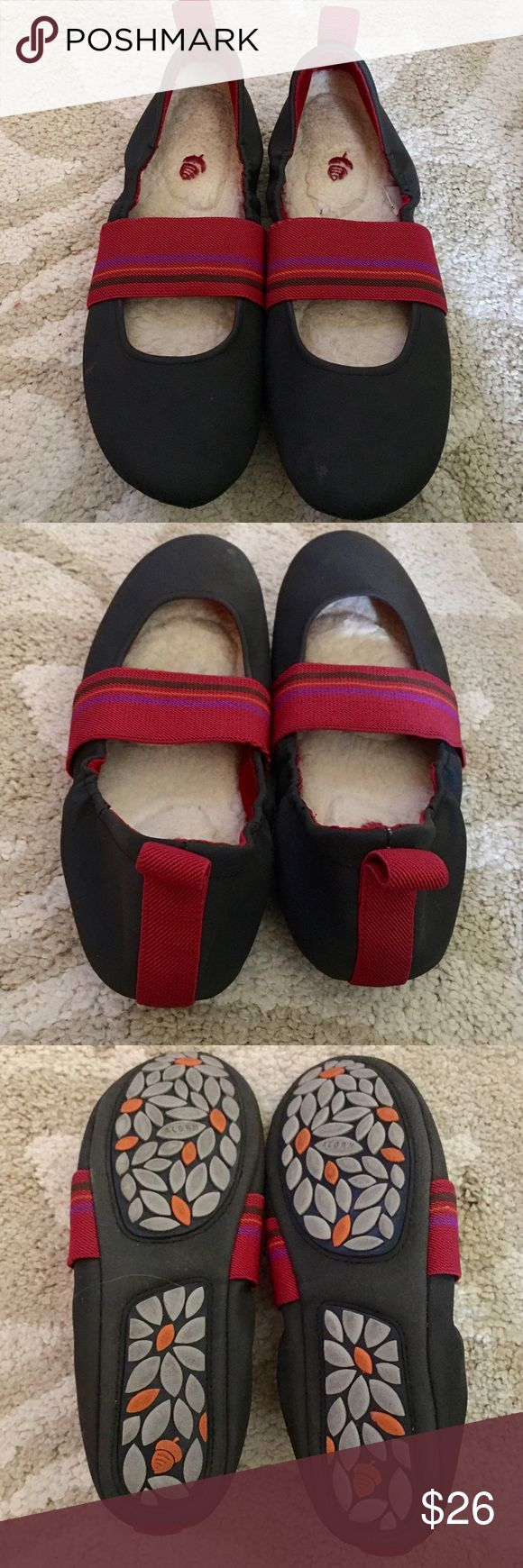 ACORN Slip On Ballerina Shoes Cute & adorable slip on shoes in dark smoke gray and a elastic strap. Inside is lined with wool. Bottom floral pattern. Very cute and perfect for wearing with skirt, pants or shorts. Looks awesome with jeggings. 👖 ACORN Shoes Slippers