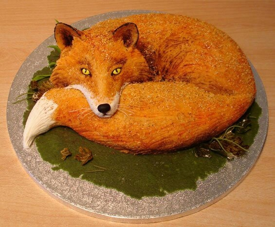 Wolf Over Cake