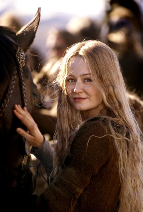 This is what finally triggered me to go blonde.   Miranda Otto as Eowyn...