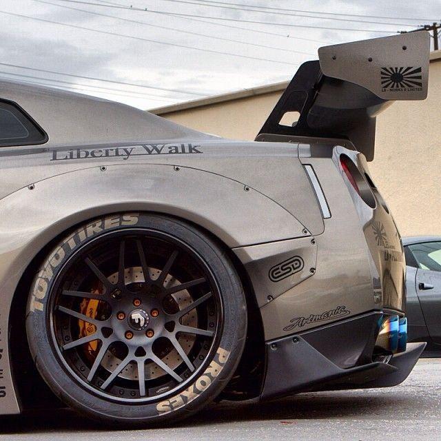 38. Liberty Walk | Nissan GT-R widebody.