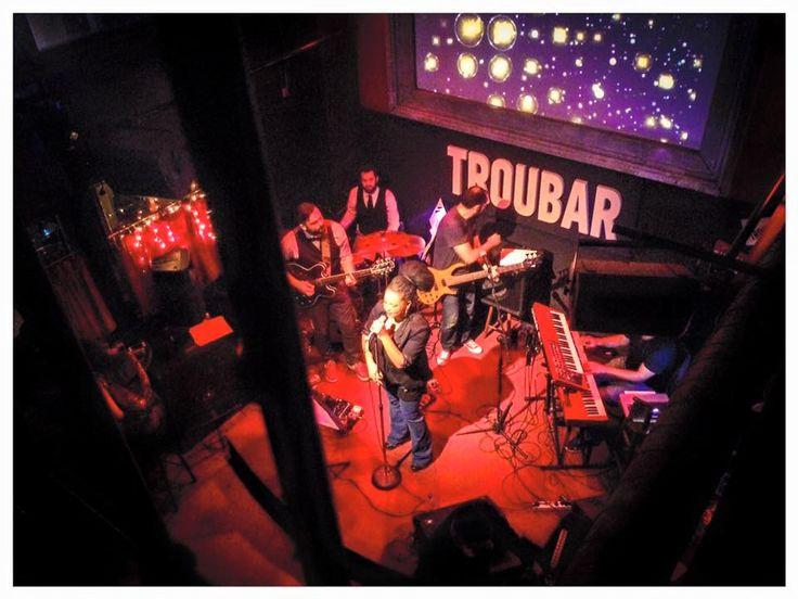 Μπαράκια με ζωντανή μουσική: 6 live διευθύνσεις