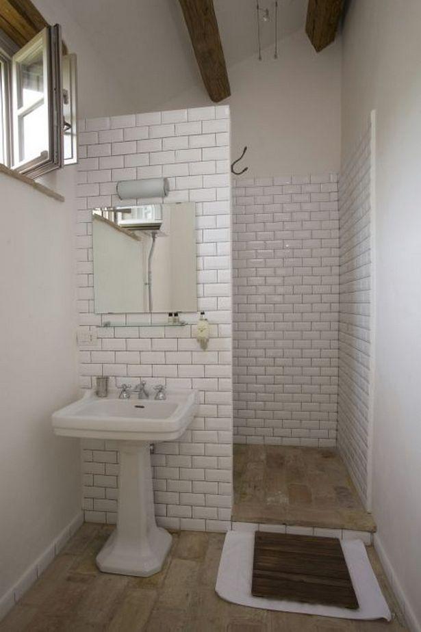 Doorless Shower Ideas Walk In 33 Beautiful Small Bathrooms Simple Bathroom Designs Simple Bathroom