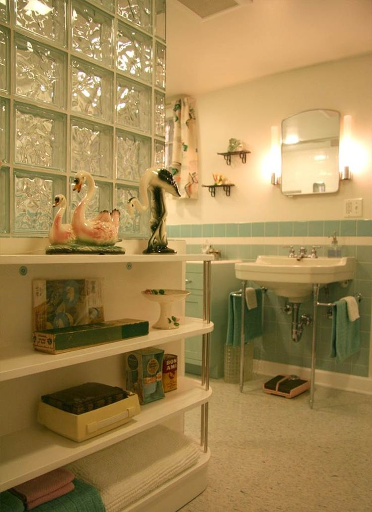 17 best ideas about vintage bathroom sinks on pinterest - Old fashioned bathroom furniture ...