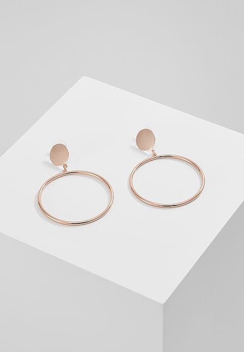 Best 25 rose gold colour ideas on pinterest blush color palette gold grey bedroom and blush - Rose gold wandfarbe ...