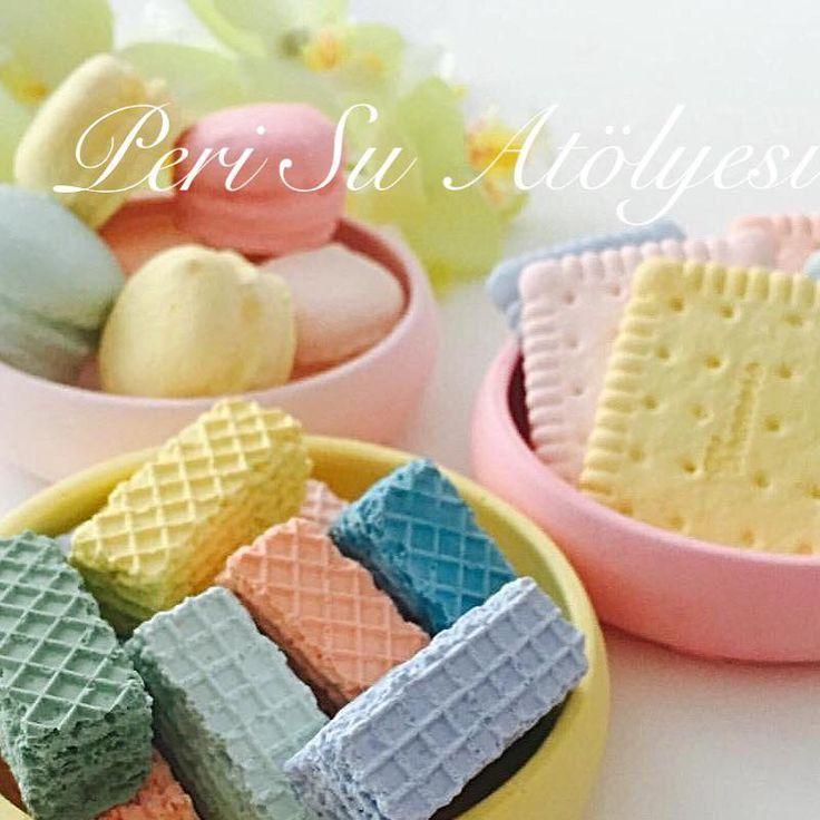 Mutfağınızı rengarenk makaron ve bisküvilerle süslemek isterseniz lütfen mesaj atınız .