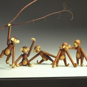 Monkeys from Kay Bojesen are still produced by Rosendahl. Online available  via our webshop: www.dk-design.be