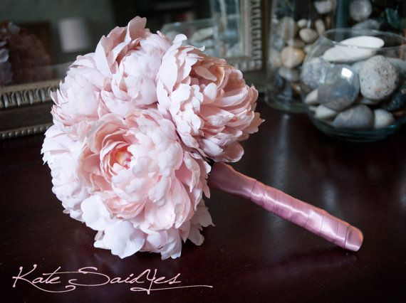 1000+ Ideas About Peonies Wedding Bouquets On Pinterest