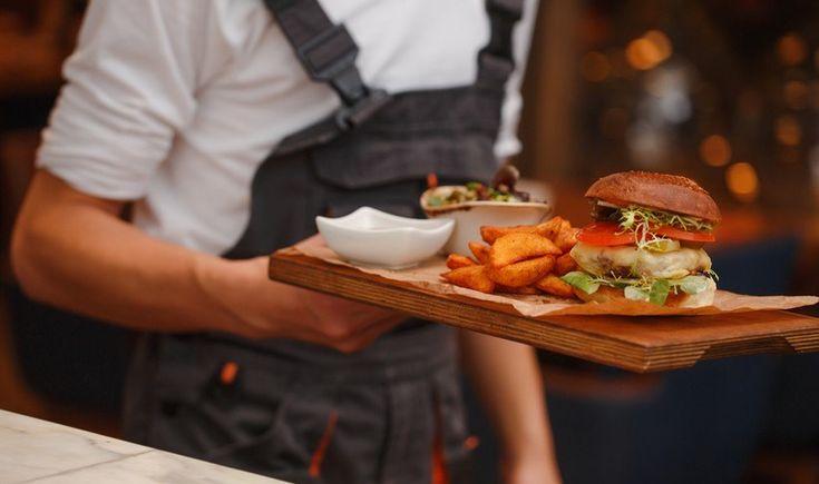 Θεσσαλονίκη: Πού θα φάτε τα καλύτερα burger