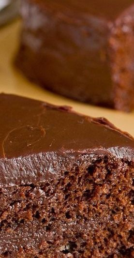 Recipe: Southern-Style Chocolate Cake with Chocolate Ganache Frosting ...