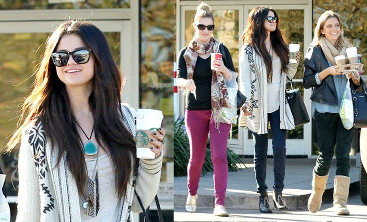 selena gomez friends photos | Selena Gomez & Her Friends At Starbucks On Wednesday (January 16, 2013 ...