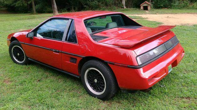 Mid Engine Mystery Machine: 1988 Pontiac Fiero #Survivors #Pontiac - http://barnfinds.com/mid-engine-mystery-machine-1988-pontiac-fiero/