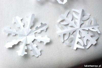 Handmade'owe śnieżynki to prosty i zarazem idealny sposób na stworzenie bożonarodzeniowych dekoracji! :)