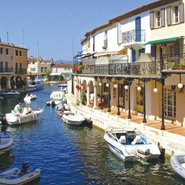 Best Port Grimaud Images On Pinterest Beautiful Places Frances - Location bateau port grimaud