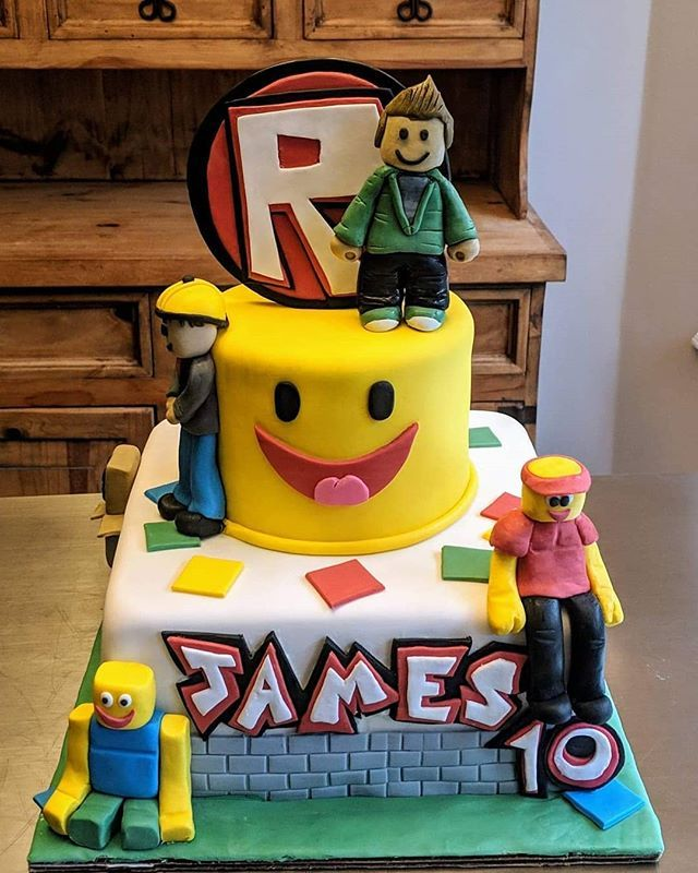 Roblox Cake Showcase With Images Roblox Birthday Cake