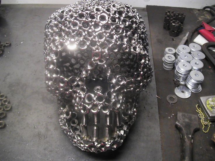 Google Image Result for http://www.millerwelds.com/interests/projects/ideagallery/sets/metal-art/6546340215_77d8a353df_o.jpg