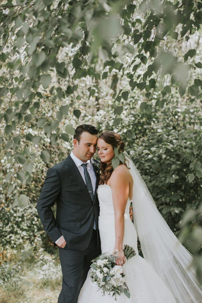 Nature Inspired Wedding. Bride & Groom, Greenery