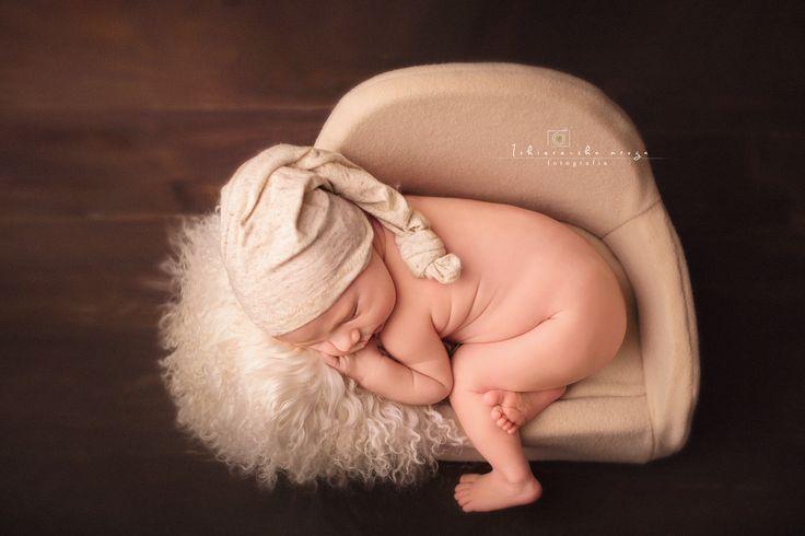 Sesje noworodkowe w Pyskowicach , zapraszam rodziców z dzidziusiami :) Iskiereczka Mruga Fotografia  www.iskiereczkamruga.pl ul. Sikorskiego 50  Pyskowice  tel; 797-590-642