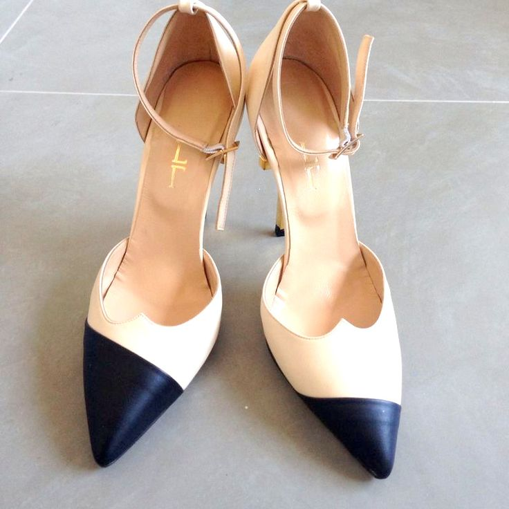 Lamperti Milano A-Salvation Pumps, asymmetric tips