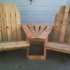 pinner wrote: My latest effort. A double pallirondack chair connected with a table. Also going to add a shelf on the bottom for stuff. 100% constructed from recycled pallets.