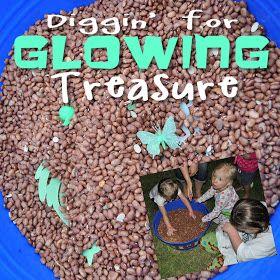 Glow in the Dark Party {glowing treasure dig}