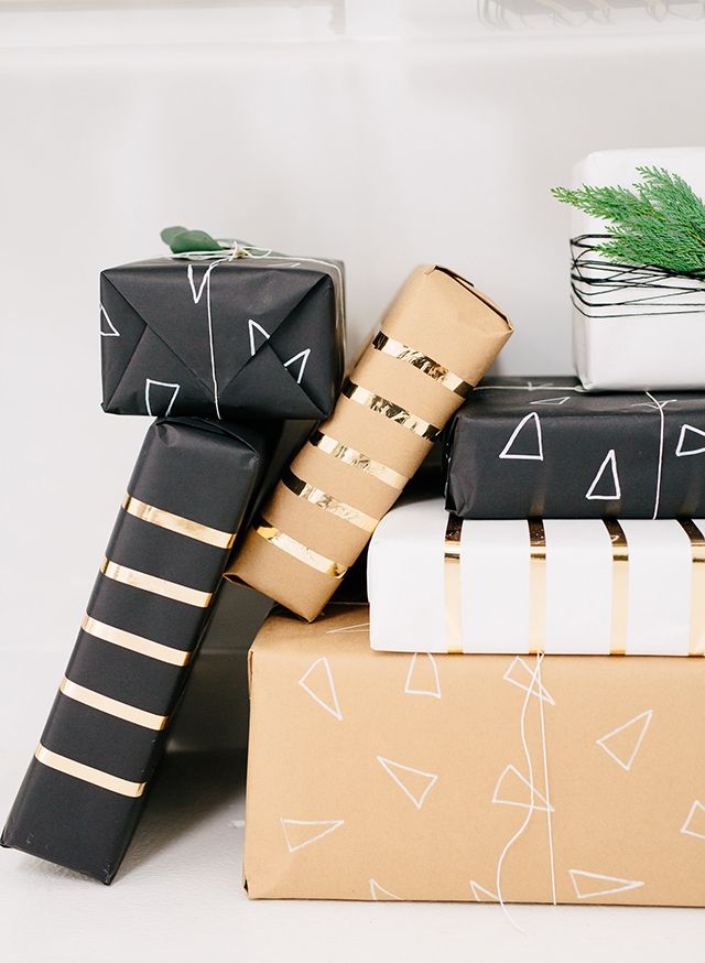 DIY gift wrap | holiday gift wrap | minimal gift wrapping